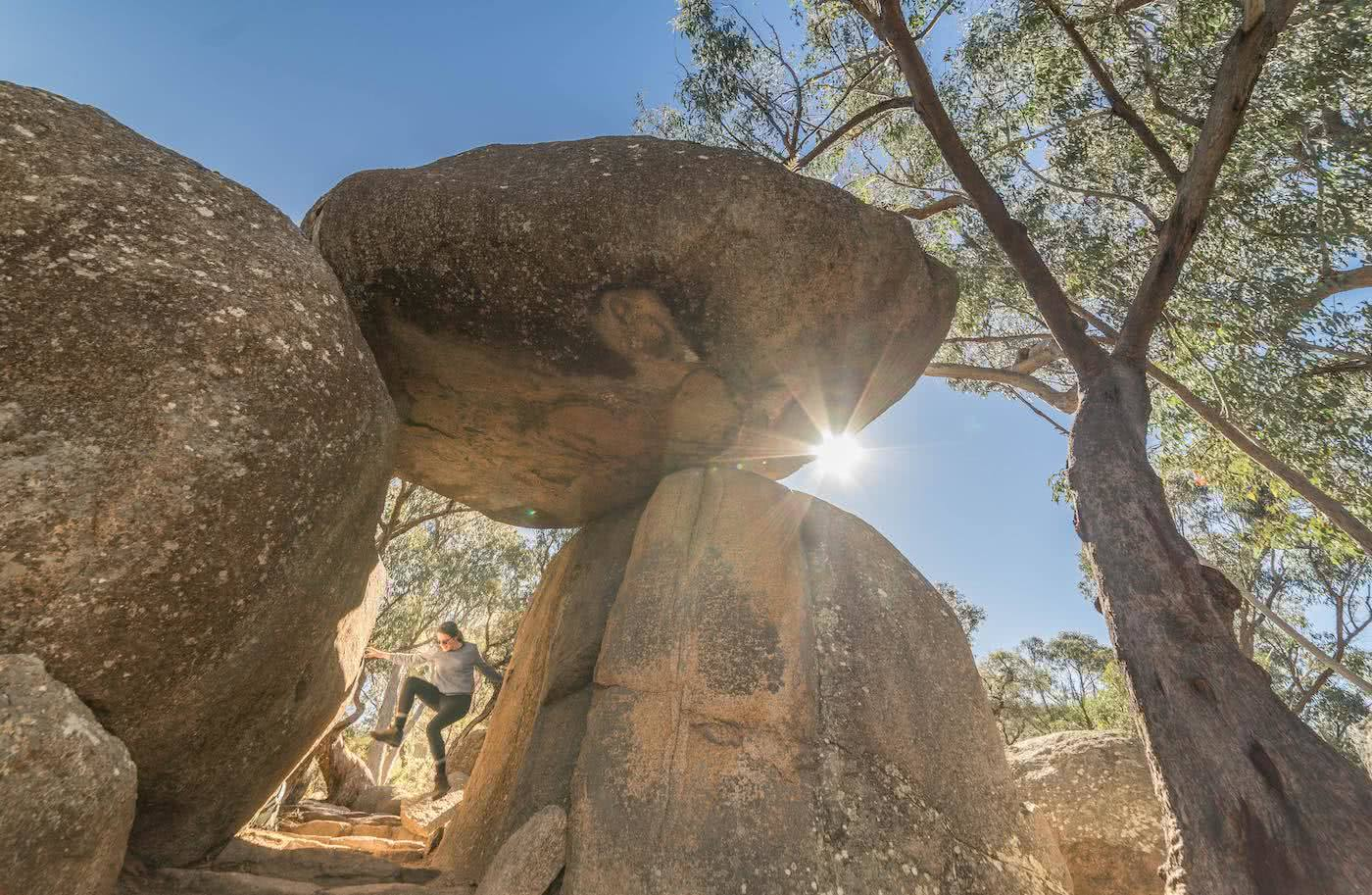 5 Reasons You Should Go Hiking In Queensland by Saphira Schroers, photo by Miranda_Fittock rocky granite boulders