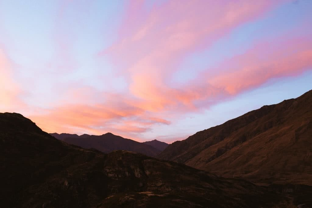 Cedric Tang, Sunrise & Solitude – Hiking Wanaka's Rocky Mountain // (NZ), mountain, pink, sunrise