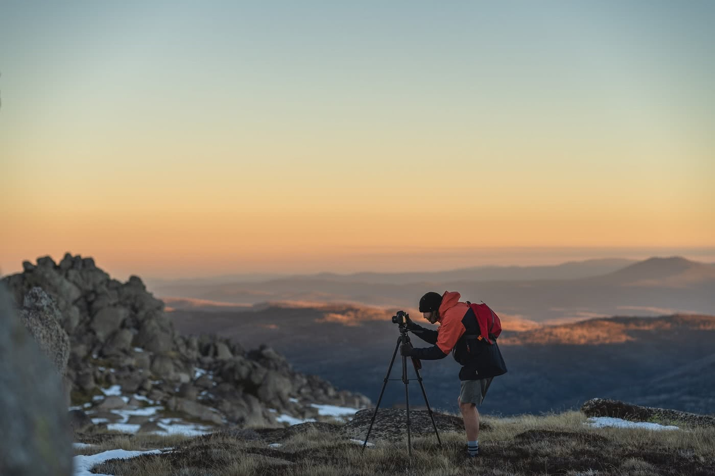 Spring Snow Campout // Main Range (NSW) by Mattie Gould, photo by Jon Harris, sunset photography