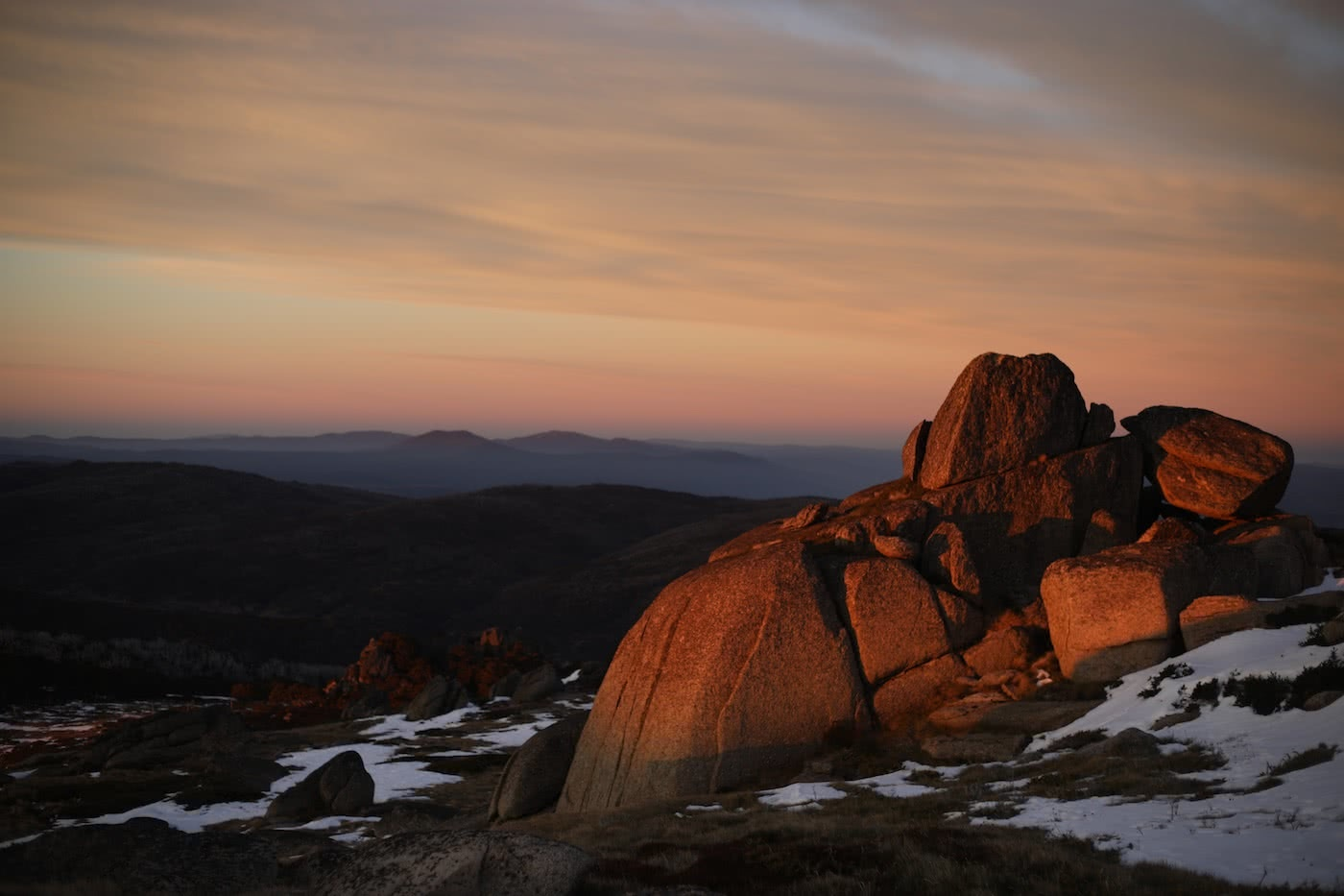 Spring Snow Campout // Main Range (NSW) by Mattie Gould, photo by Jon Harris, sunrise, mountains, rocks