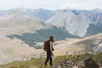 Bealey Spur // Day Hike in Arthurs Pass (NZ), woman, mountains