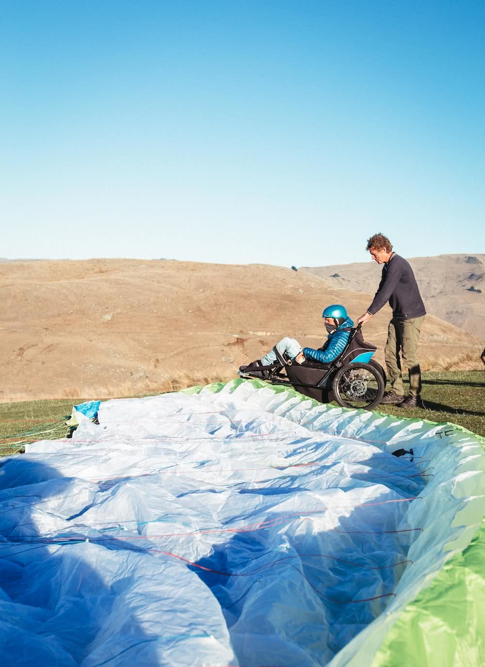 Paragliding Tetraplegic Jezza Williams Proves There Are No Limits, paragliding, carers, Jezza, parachute