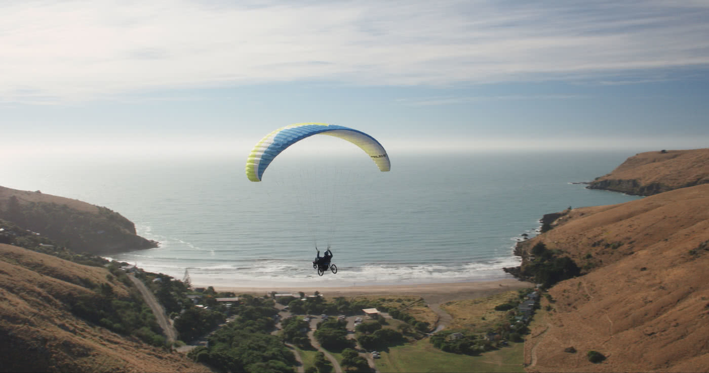 Paragliding Tetraplegic Jezza Williams Proves There Are No Limits, paragliding, Jezza, ocean, beach