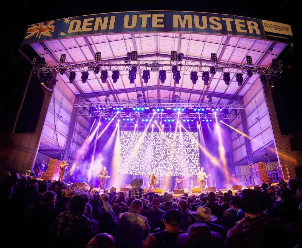 Fair Dinkum Aussie Fun At The Deni Ute Muster, Pat Corden, stage, musician, country music, festival