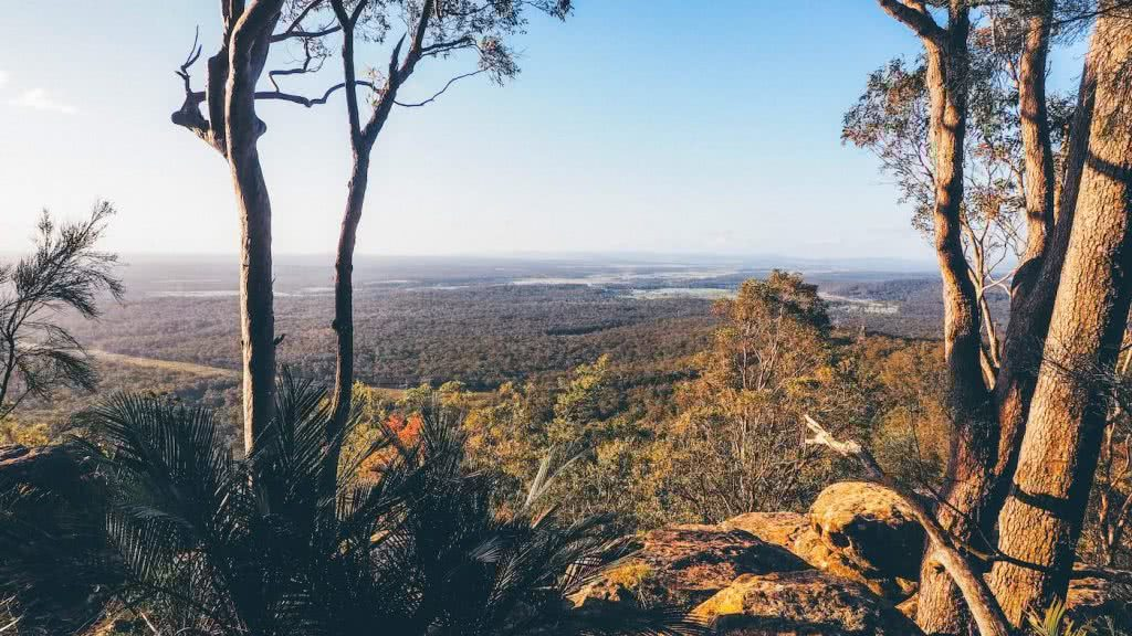 Escape The Rat Race With A Cheeky Weekend In Lake Macquarie, photo by Damon Tually, Sugarloaf Circuit, mountains, view, trees