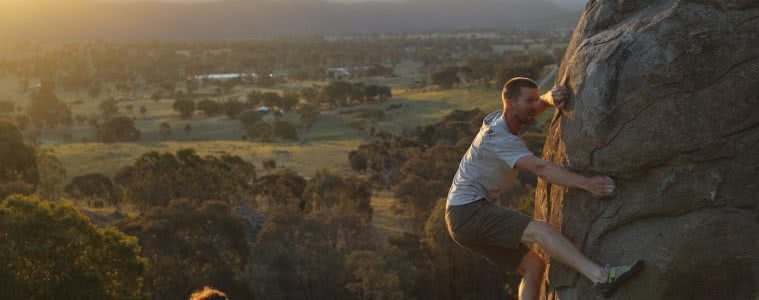 Outdoor Bouldering 'Over The Fence' In Canberra, Mattie Gould, boulder, climbing, sunset, view, farmland, Canberra