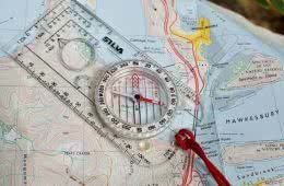 A Beginner's Guide To Map & Compass Navigation, zac de silva, maps, contour lines, compass
