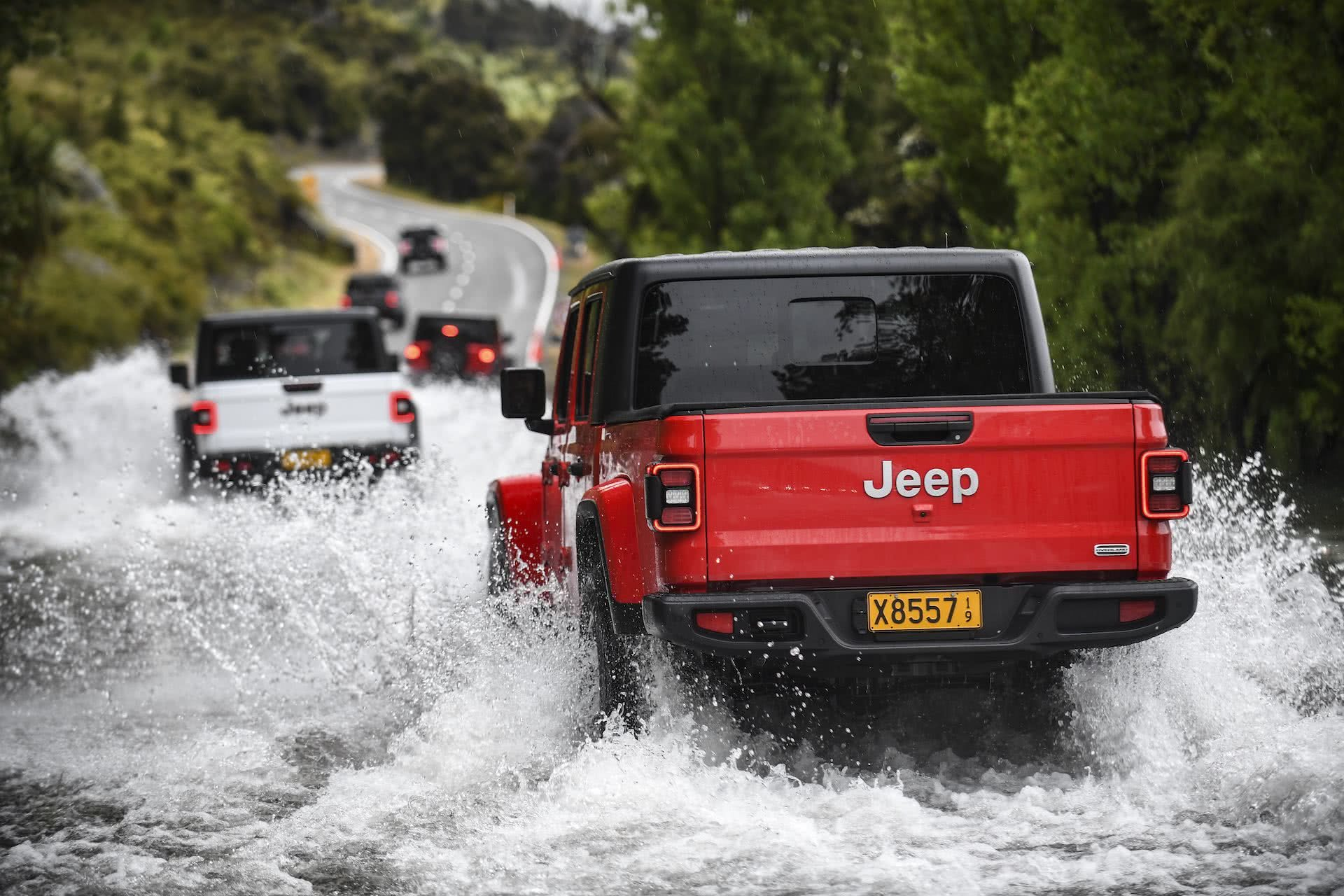 Roof-Off Off-Road In Jeep's New Open-Air Ute, Jeep Gladiator, queenstown, New Zealand 2019
