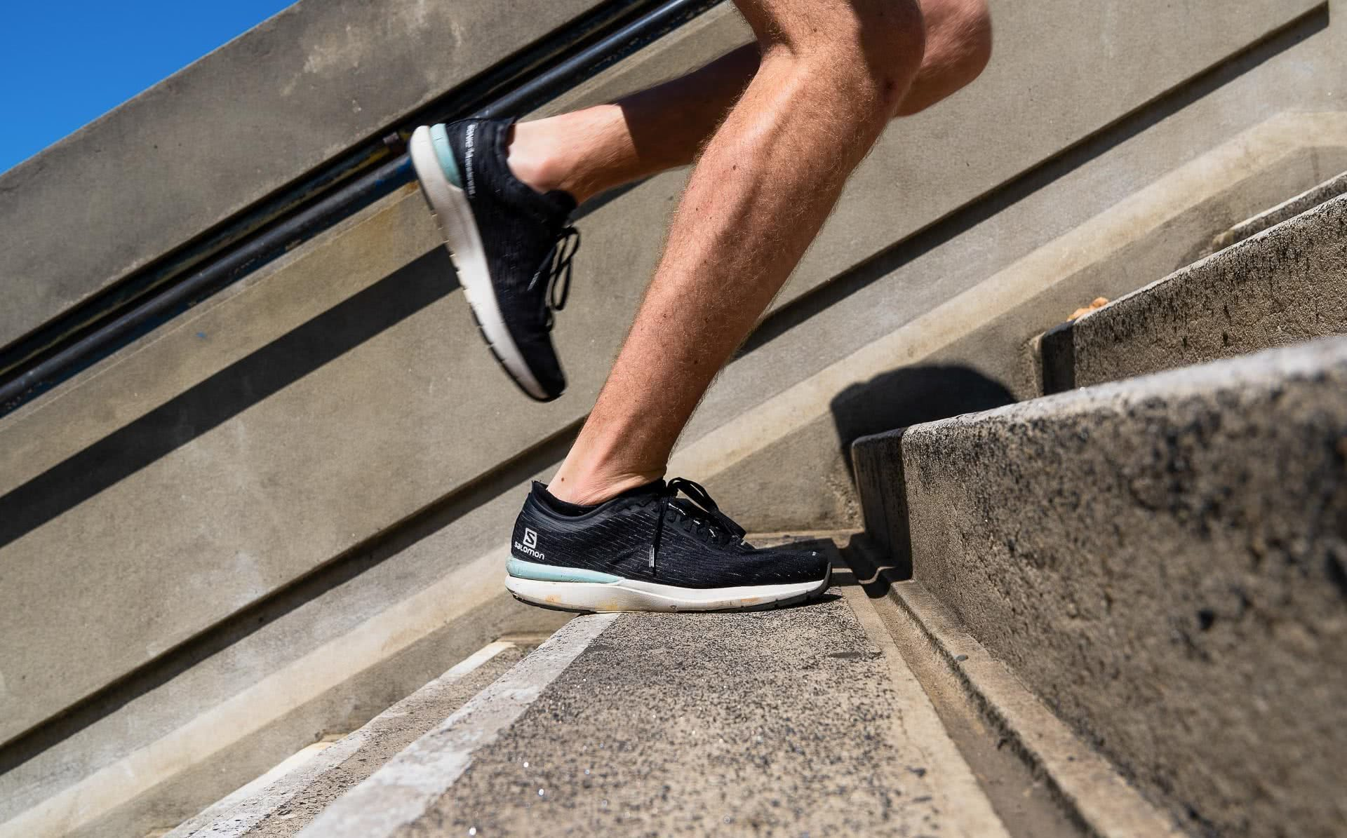 Salomon Sonic 3 Accelerate Gear Review, photo by Jono Tan @thetantrap, review by Tim Ashelford, lavender bay, sydney, nsw, stairs