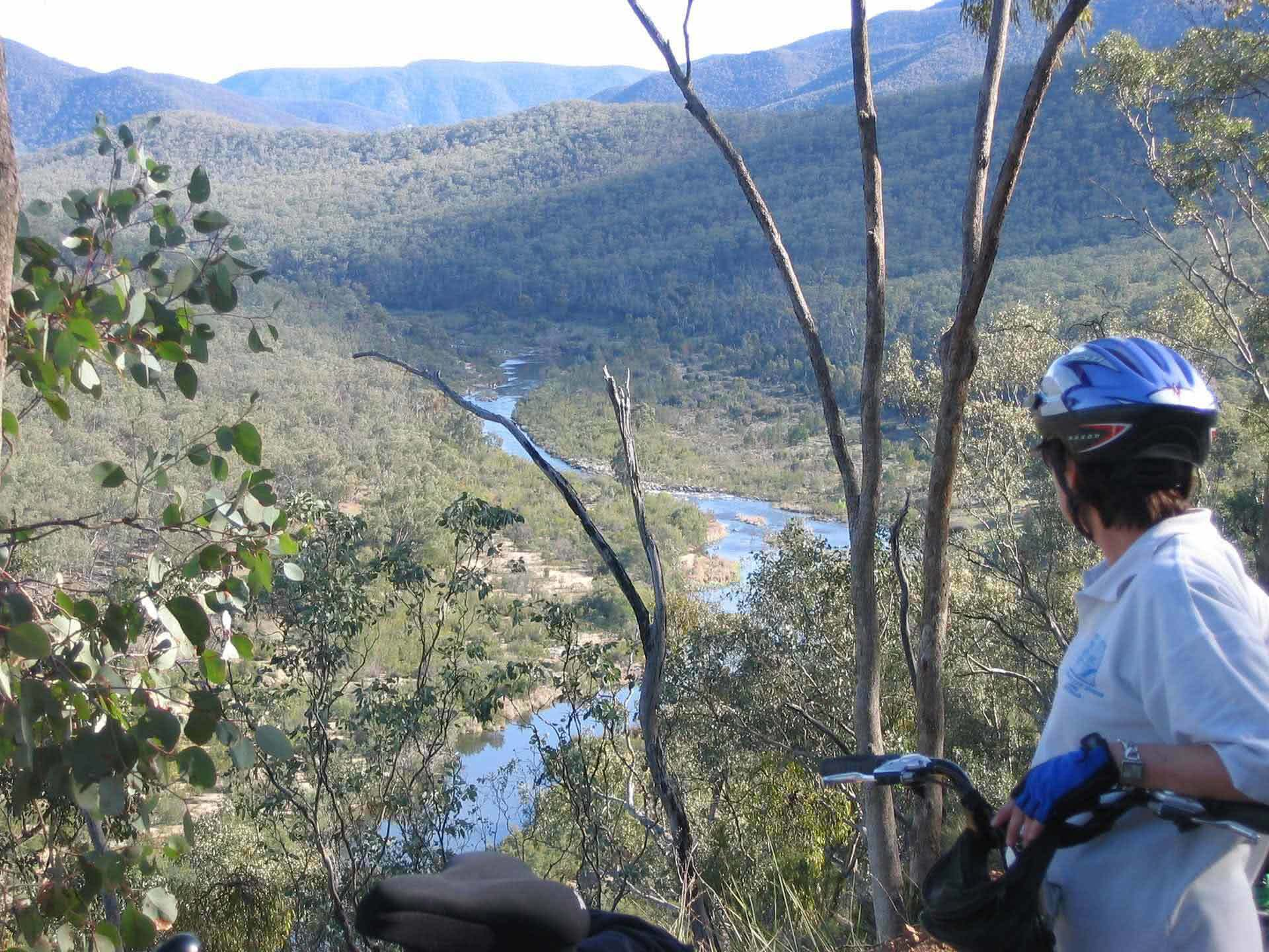 Snowgums to Seaweed Cycle Tour, Snowy River Cycling, Tours, Victoria, Valley