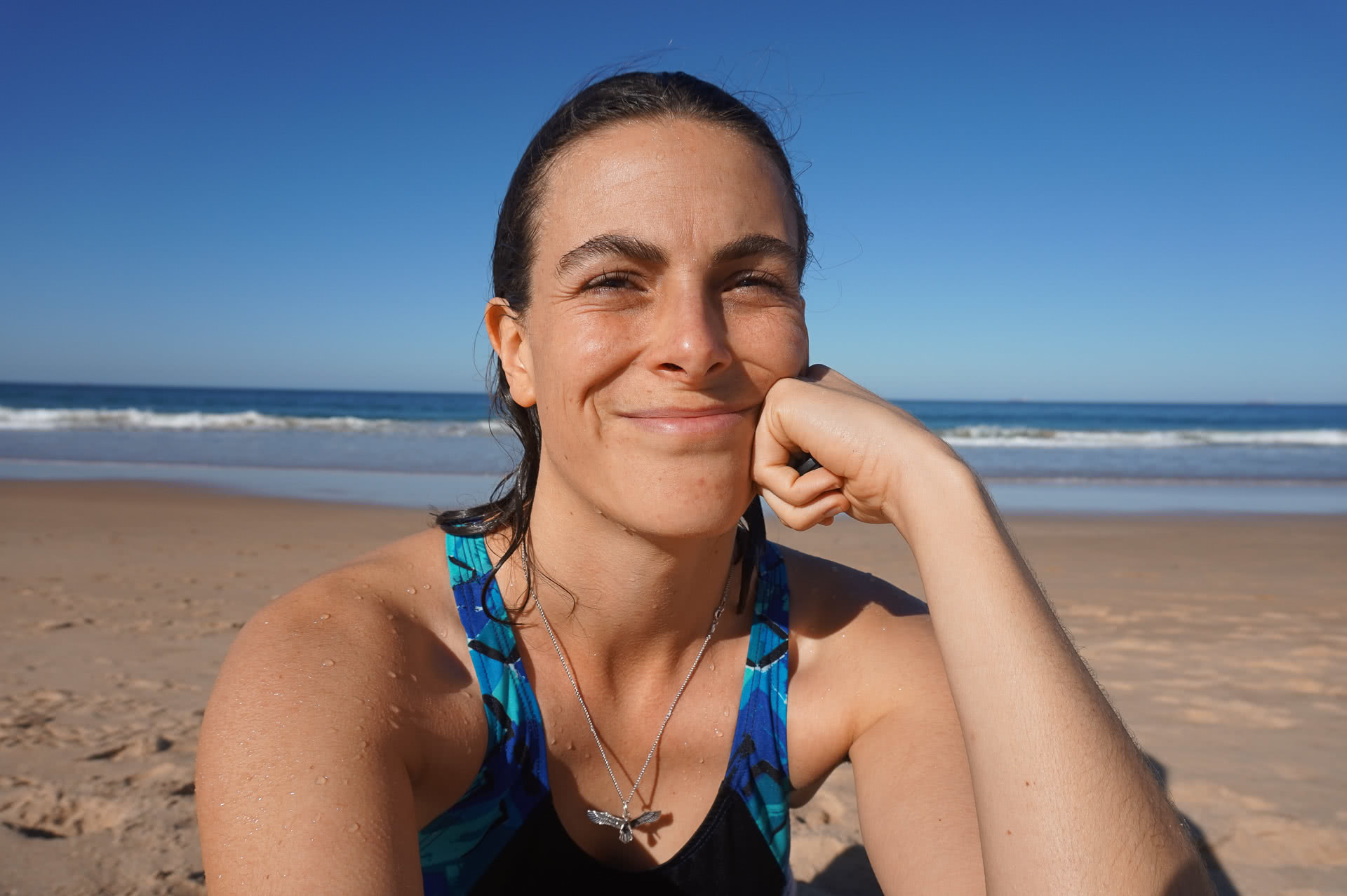 amy fairall, beach, the gong, gong life, gong rep, swimming, shurfing,