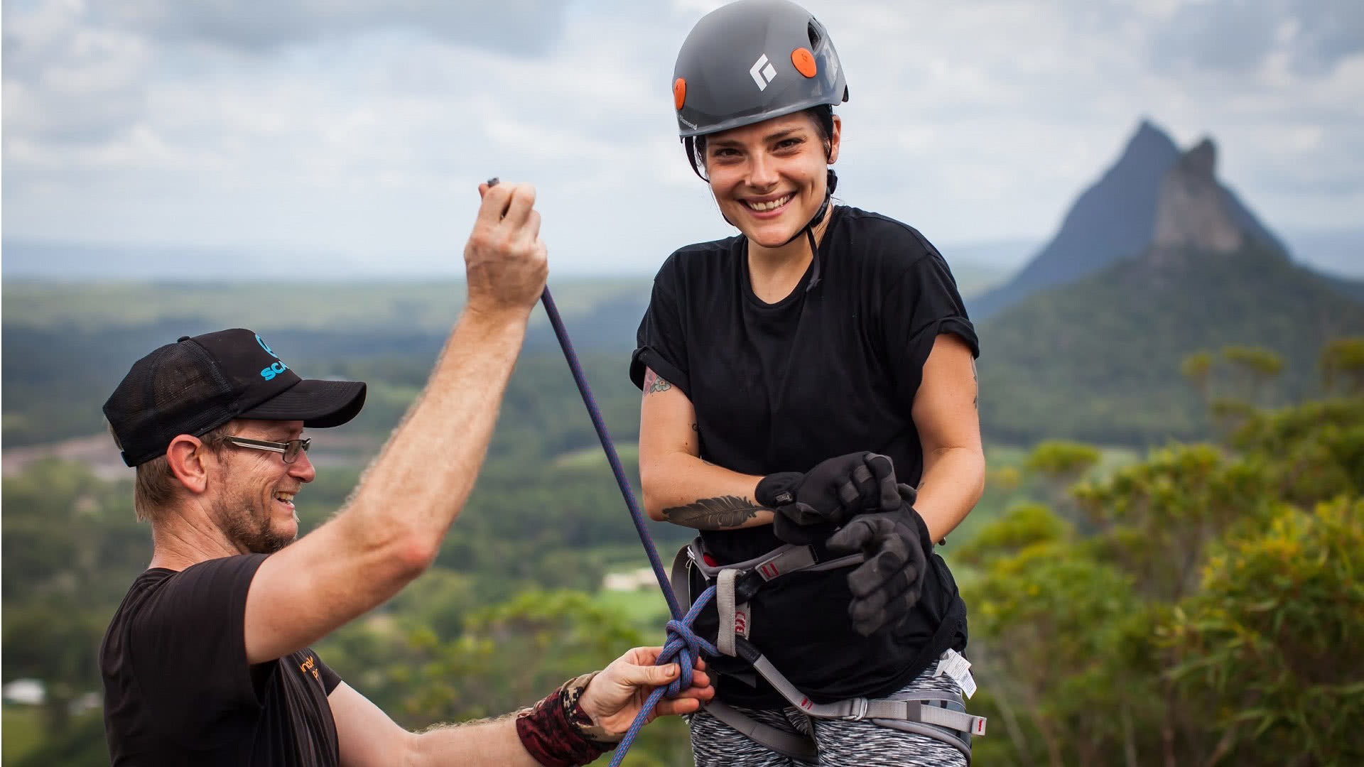 Glasshouse Mountains Abseil, Pinnacle Sports, Adventure Tour, Queensland, Sunshine Coast