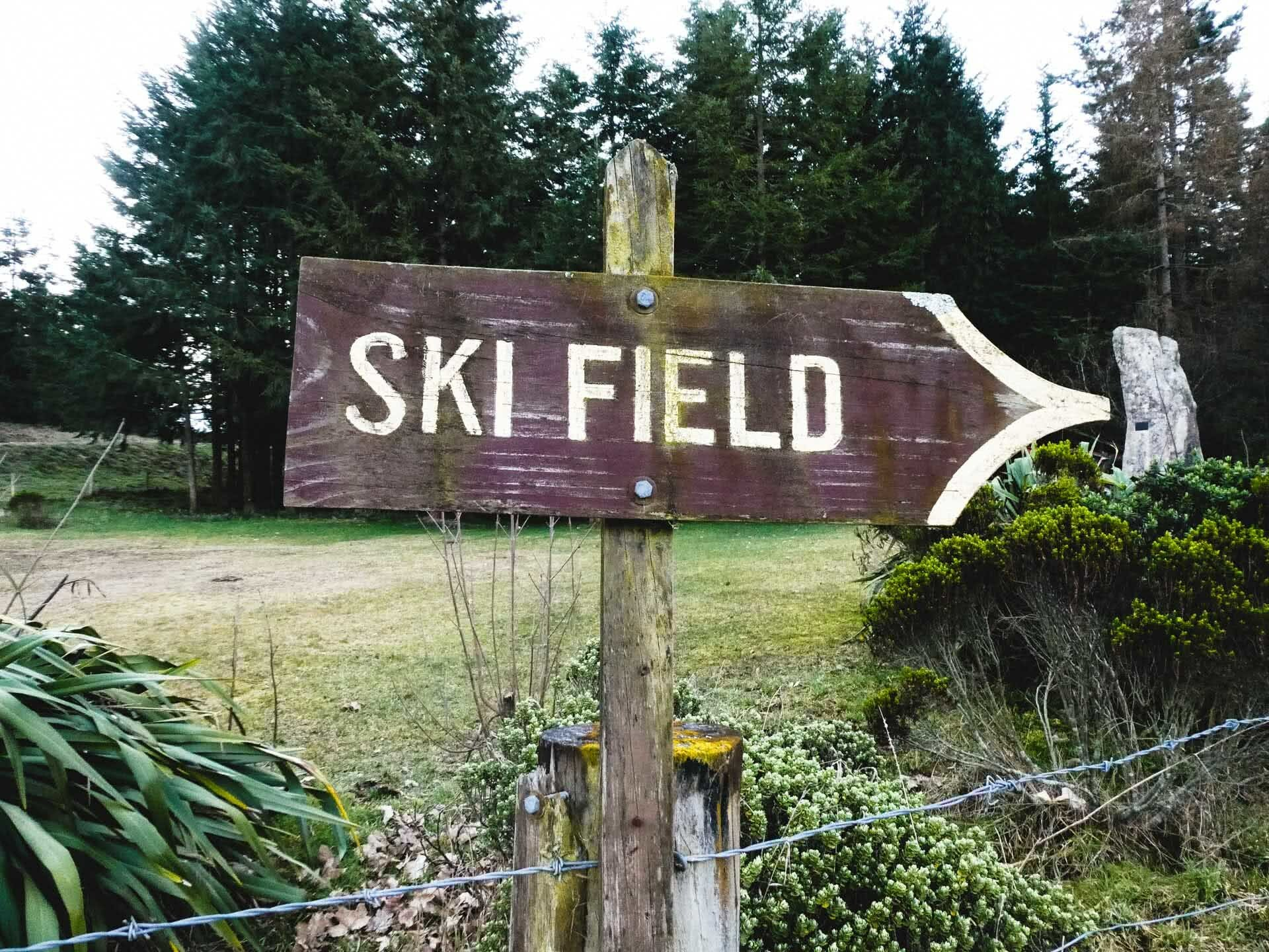 11 Sign to Fox River skifield, 24 Incredible Ski Fields & Resorts in New Zealand, Huw Kingston, New Zealand