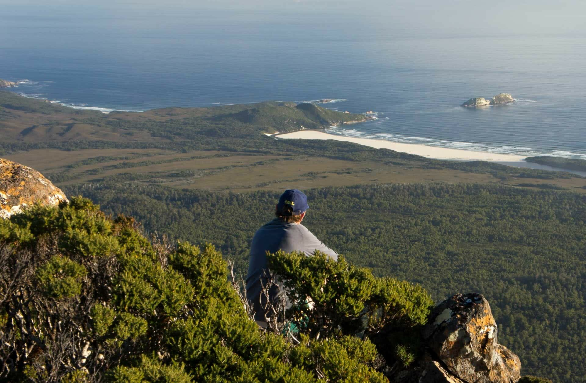 southern ranges, nick stacey, best multi day hikes in tasmania