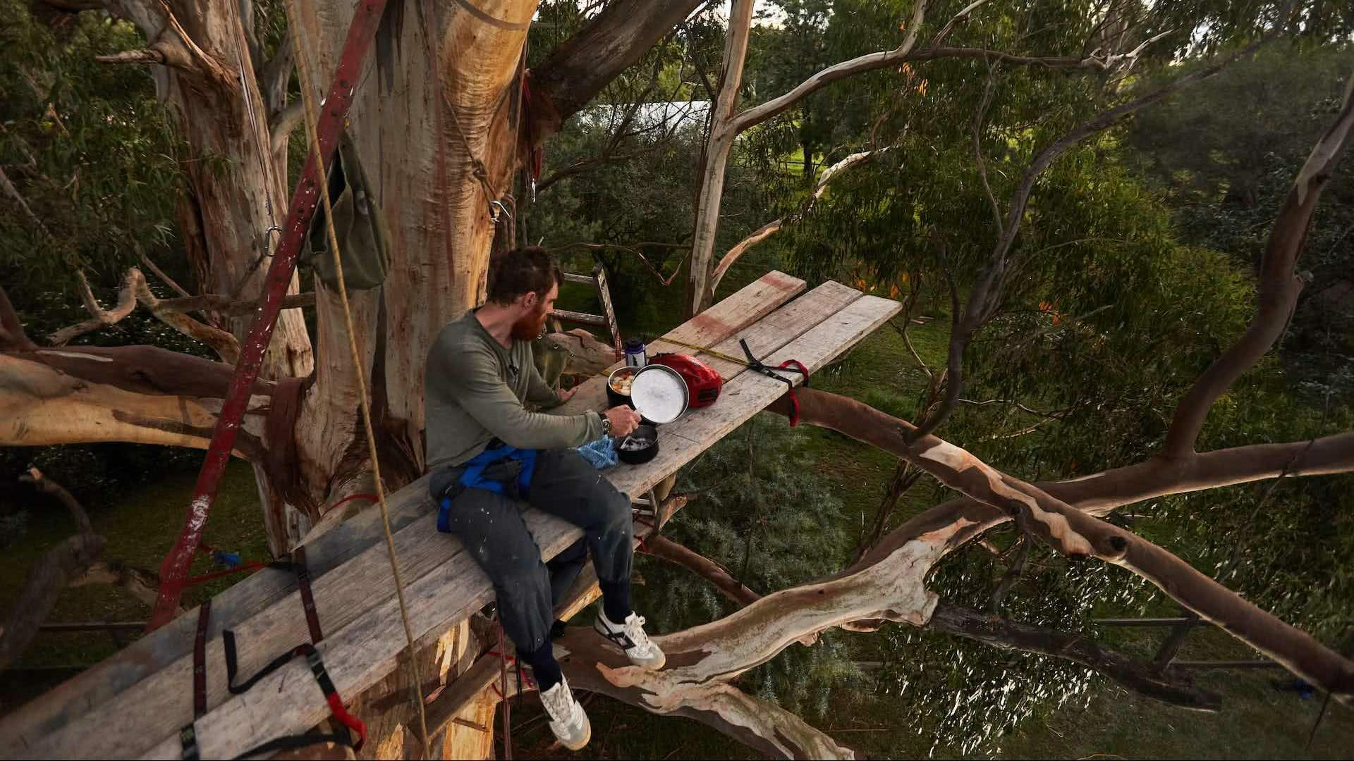Podcast Episode 8: Beau Miles on Sleeping Up a Gum Tree in His Own Backyard, Pat Corden, We Are Explorers Podcast, tree, dinner, camping, climbing