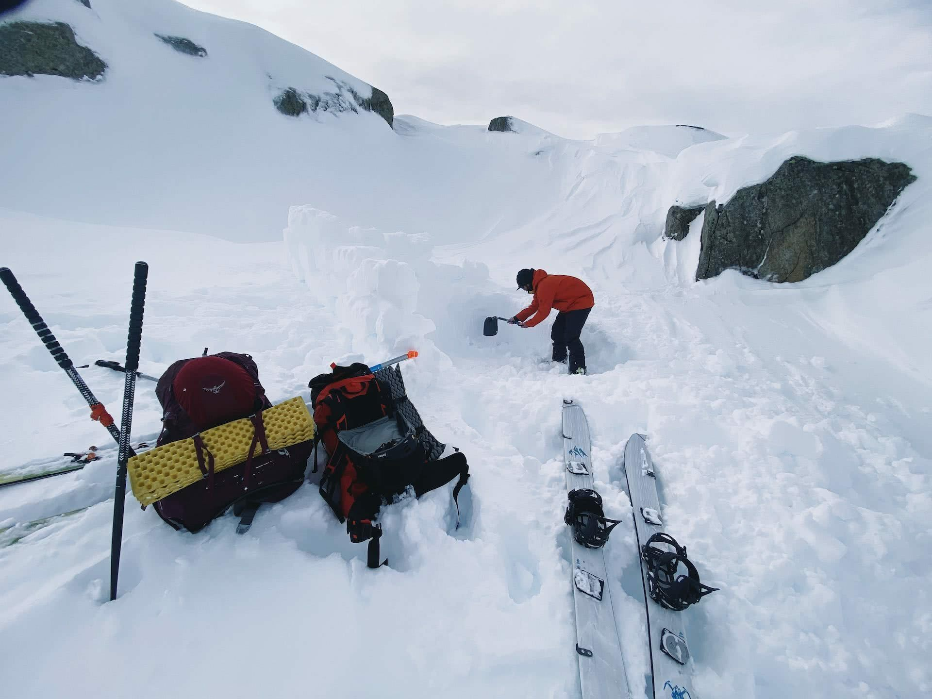 A Beginner's Guide to snow camping, Kate Donald, kosciuszko, jagungal, tent, snow, backcountry, nsw