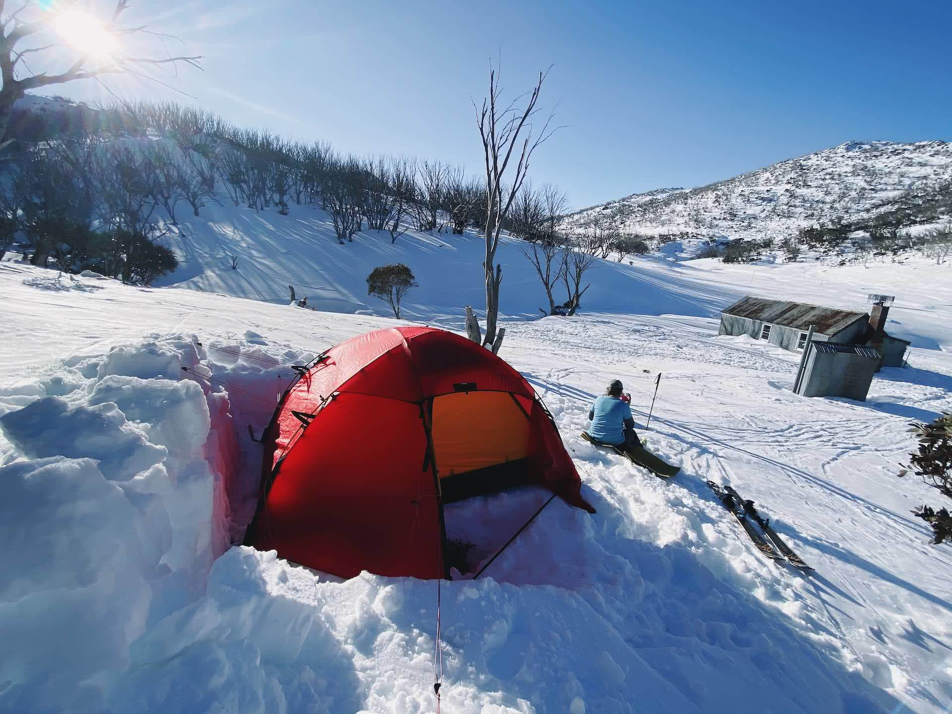 A Beginner's Guide to snow camping, Kate Donald, kosciuszko, jagungal, tent, snow, backcountry, nsw, whites river hut