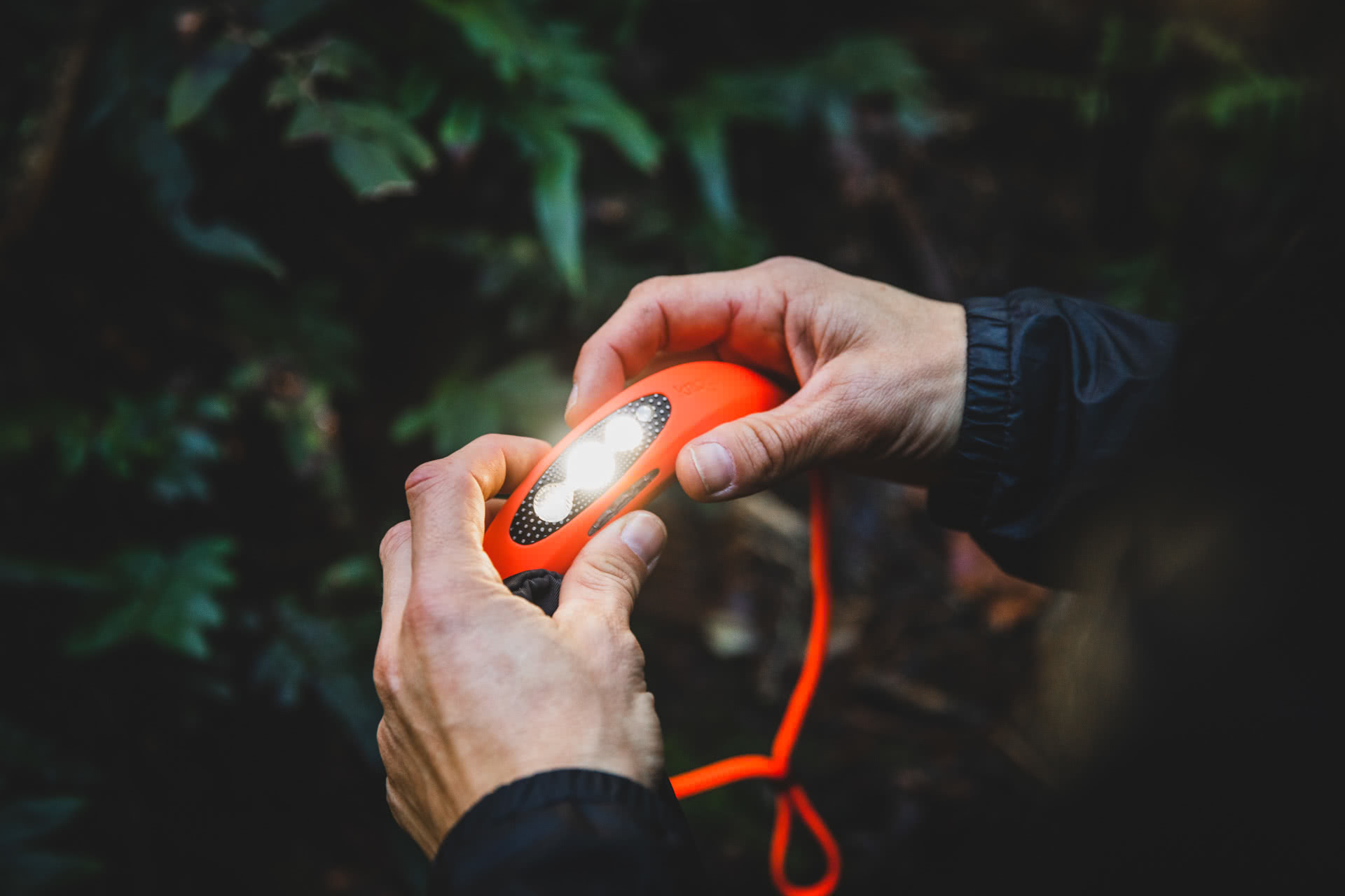 5 Adventures To Make Life Unboring, knog, photo by guy wilmot, empress canyon, blue mountains, nsw, bilby headlamp, light, torch