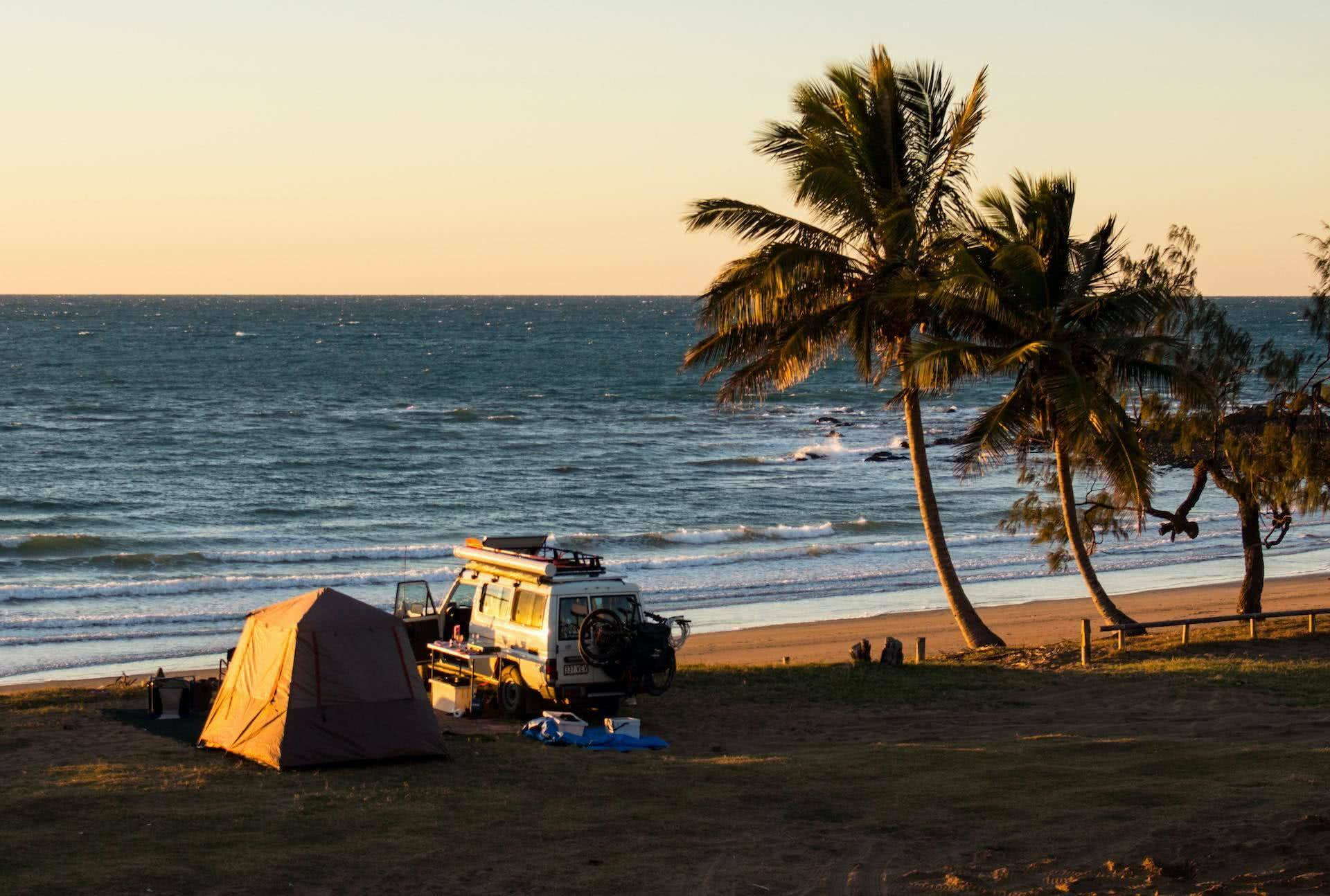 notch point, jess & jordy, @tequilantroopy, queensland, campground