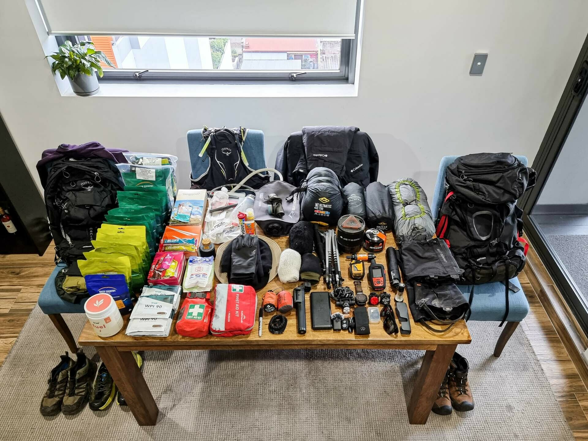 5 Things I Learnt Preparing for a 600km Hike, jason reeve, packing, gear, flat lay, multi day hiking