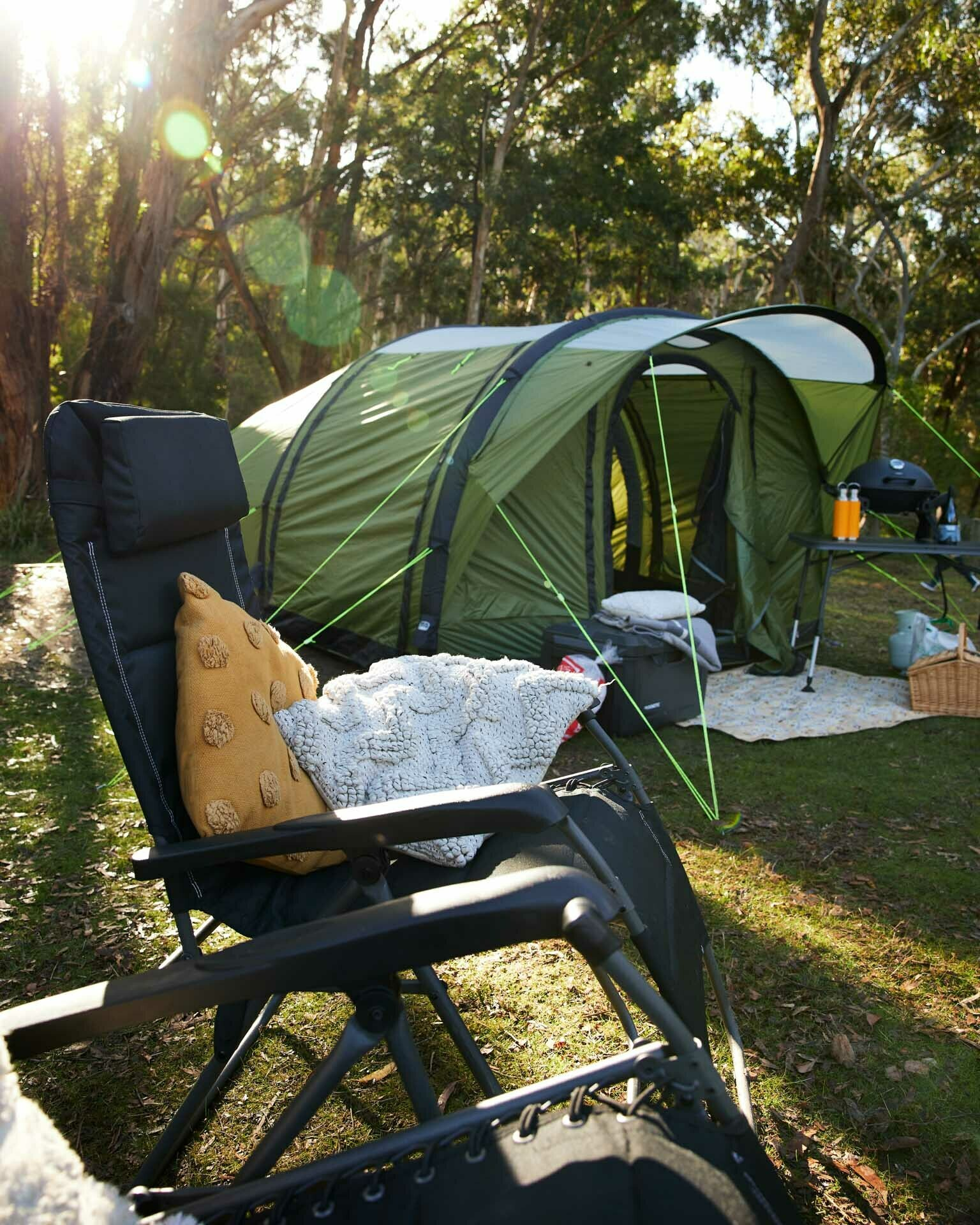How To Set Up Your Own Glamping Experience, Brody Webb, dometic hayman 4 air, inflatable tent,
