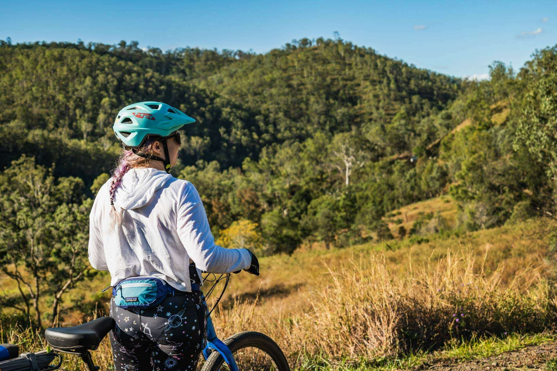 Beers, bakeries and barely any uphill? Cycling the 161km Brisbane Valley Rail Trail - Lachlan Gardiner: Cycling, QLD, hills