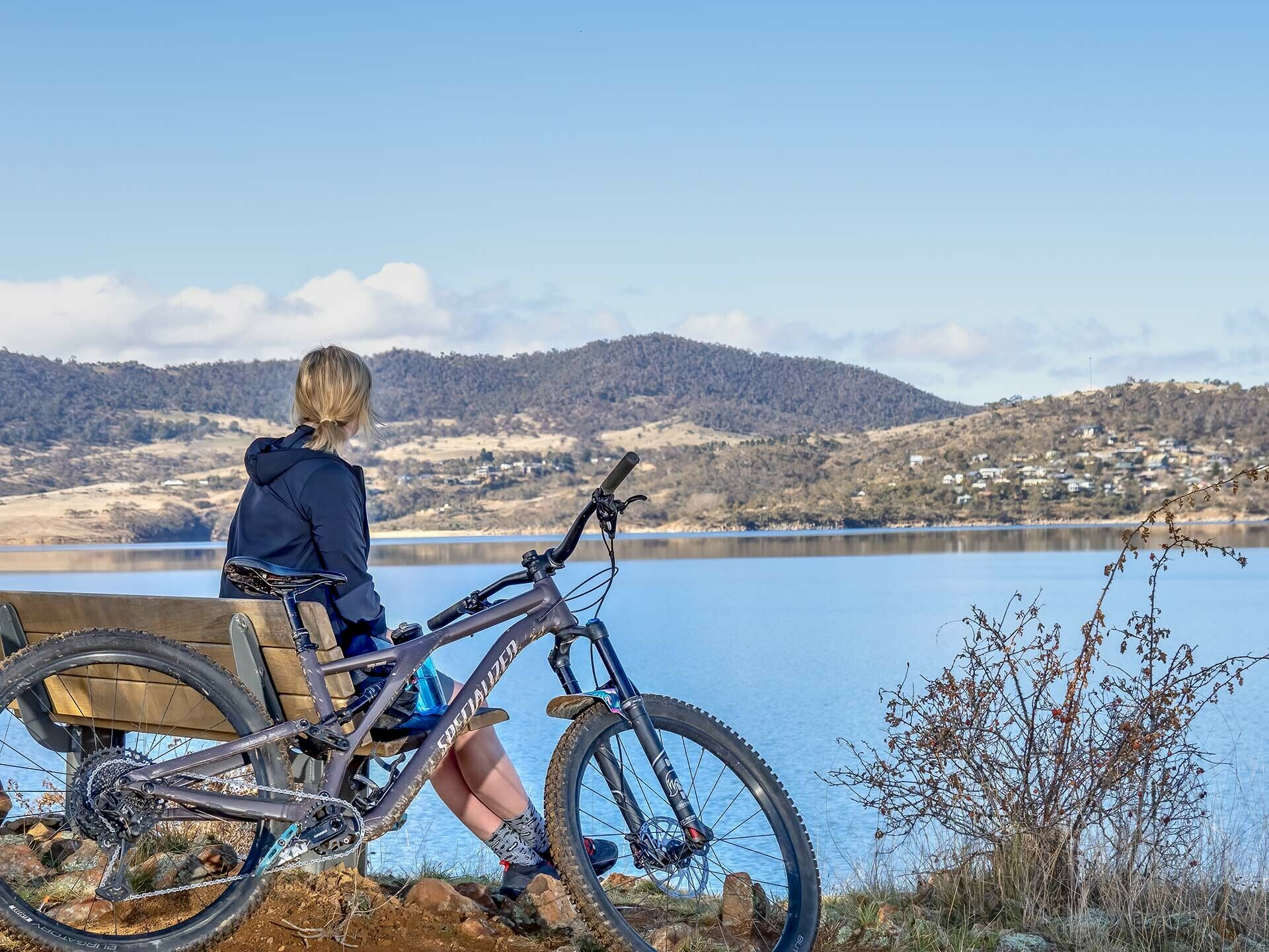 Specialized MTB Apparel Review_Photo by @expedimage - of Kate Donald Mountain Biking in Jindabyne. MTB Clothing, Womens MTB, Specialized Deflect™ Jacket w/ SWAT™