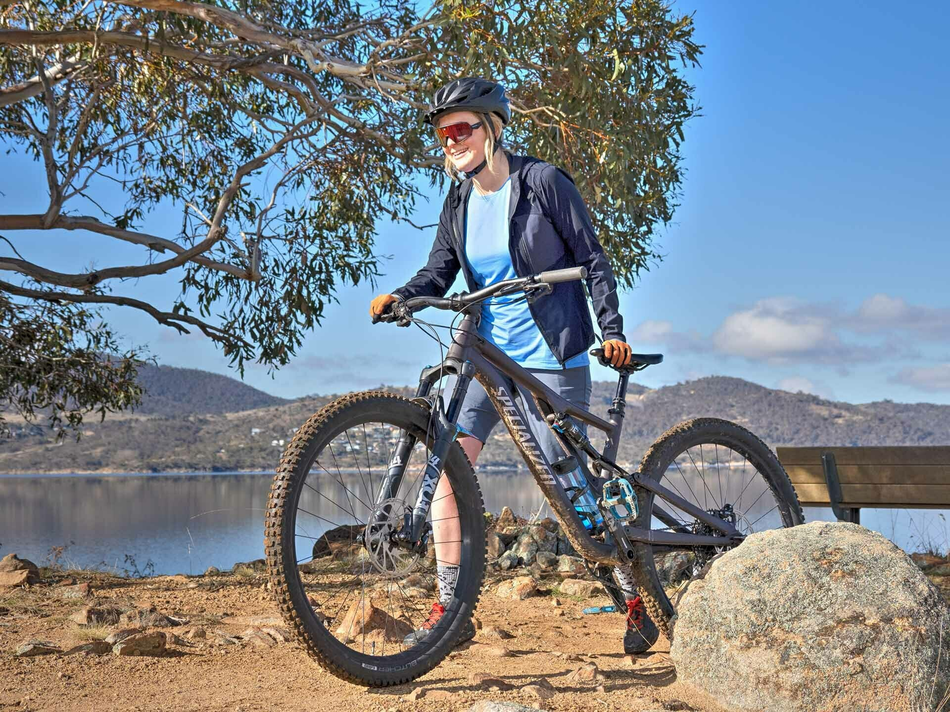 Specialized MTB Apparel Review_Photo by @expedimage - of Kate Donald Mountain Biking in Jindabyne. MTB Clothing, Womens MTB, Bike