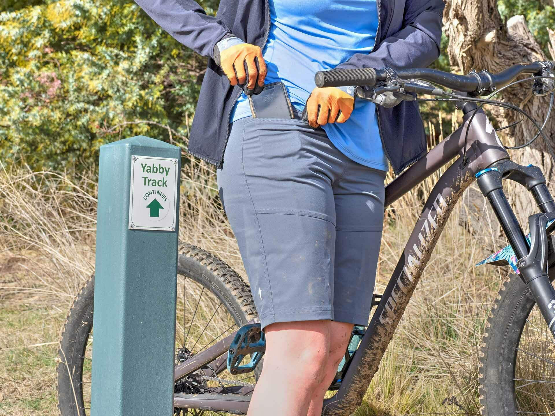 Specialized MTB Apparel Review_Photo by @expedimage - of Kate Donald Mountain Biking in Jindabyne. MTB Clothing, Womens MTB, Specialized Trail Short, MTB pockets