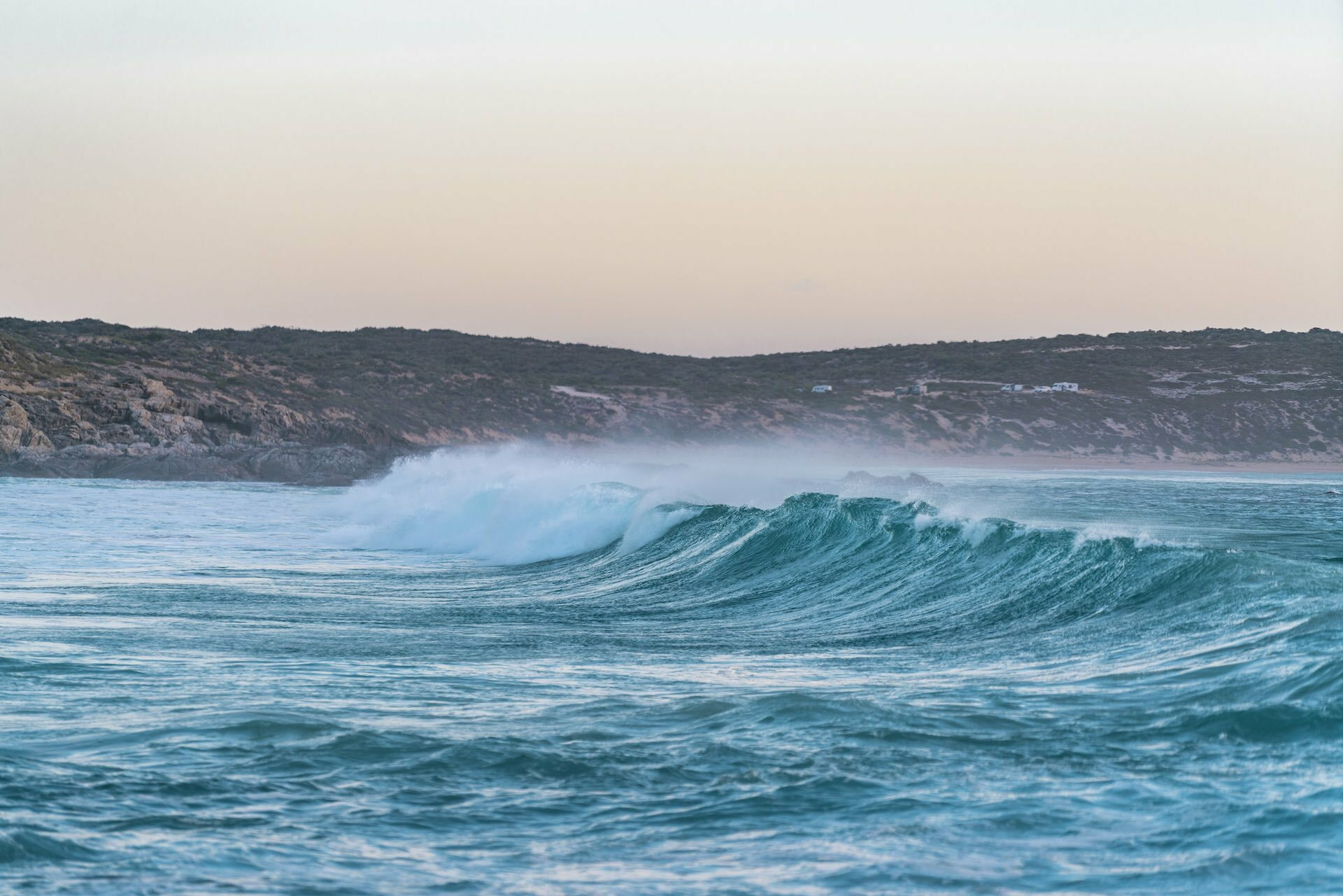 The Eyre Peninsula Will Let You Feel Like the Only Person on Earth - Jayden ONeil, Greenly beach, waves, Eyre Pennisula